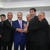 T.C. Ekonomi Bakanı Zafer Çağlayan, İhracat şampiyonlarını ödüllendirdi
